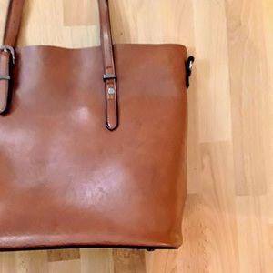 Handbags - NWOT Leather Purse